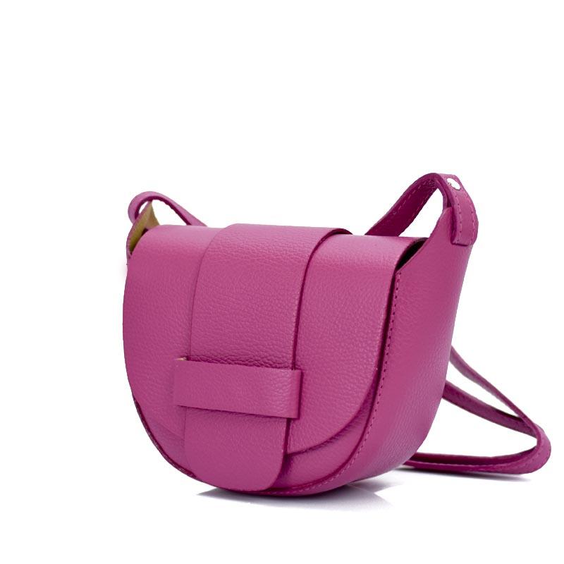 δερμάτινη τσάντα σε φούξια χρώμα