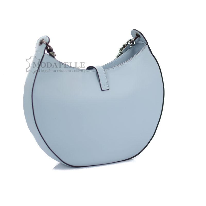 δερμάτινη τσάντα ώμου σε γαλάζιο χρώμα